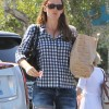 http://www.celebdirtylaundry.com/2015/jennifer-garner-kicks-ben-affleck-out-of-the-house/