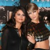 http://www.celebdirtylaundry.com/2015/selena-gomez-strips-down-to-underwear-on-instagram-promote-new-album-revival-justin-bieber-cuts-off-free-publicity/