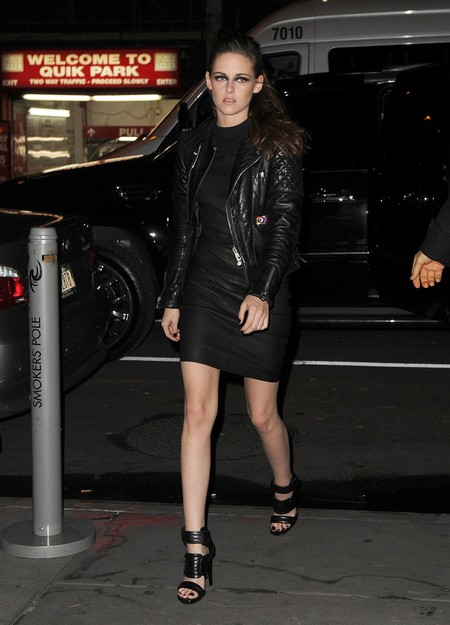 Kristen Stewart Steps Out In The Big Apple