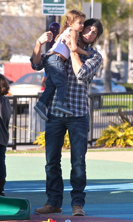 Gabriel Aubry and Daughter Nahla Have Fun at the Park