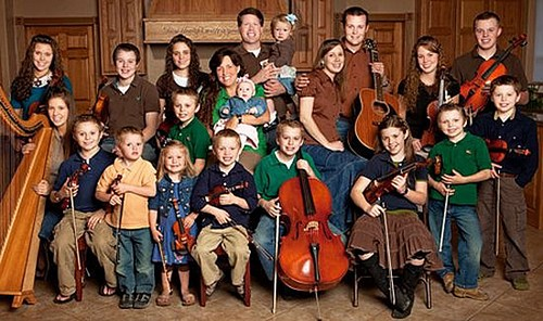 """19 Kids and Counting RECAP 5/13/14: Season 8 Episode 7 """"The Big Question"""""""
