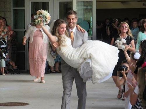 "19 Kids and Counting Recap 10/28/14: Season 9 Episode 12 ""Jill's Wedding"""