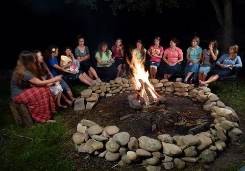 "19 Kids and Counting RECAP 4/1/14: Season 8 Premiere ""A Duggar Says Yes"""