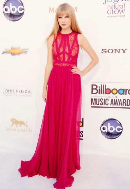 2012 Billboard Music Awards Red Carpet Arrivals (Photos)