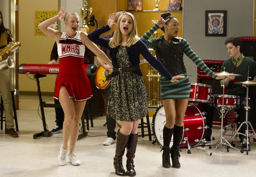 "Glee Season 4 Episode 8 ""Thanksgiving"" Recap 11/29/12"