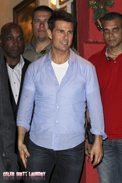 Tom Cruise Joins The Mile High Club In Mission Impossible Ghost Protocol