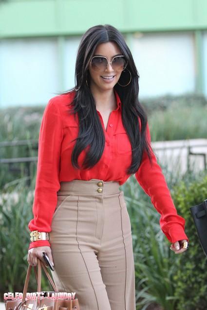 Kim Kardashian Tells Fan She Cried Over 'Kourtney and Kim Take New York'
