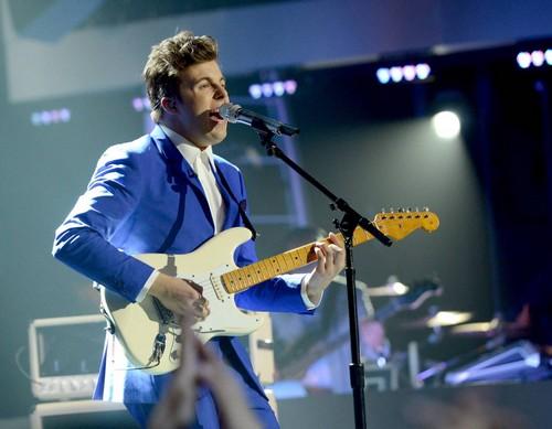 "Alex Preston American Idol ""Falling Slowly"" Video 3/12/14 #IdolTop11"