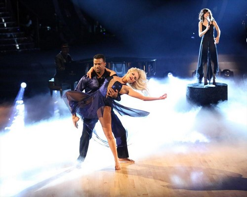 Alfonso Ribeiro & Witney Carson Dancing With the Stars Freestyle Video Season 19 Finale #DWTS