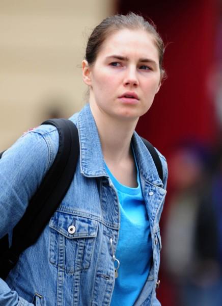 Amanda Knox Faces Murder Trial Once Again - Court Verdict Due 0325