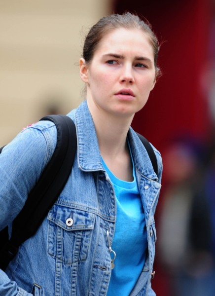 Amanda Knox Faces Murder Trial Once Again - Court Verdict Due 0325