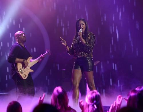 "Amber Holcomb American Idol ""Love On Top"" Video 4/10/13"