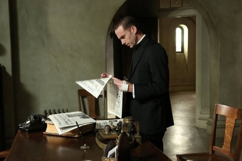 "American Horror Story Season 2 Episode 12 ""Continuum"" Recap 1/16/13"