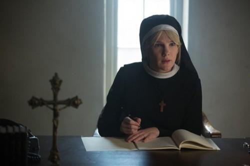 """American Horror Story: Freak Show Recap 12/17/14: Season 4 Episode 10 """"Orphans"""""""