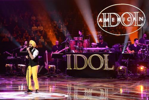 """American Idol Recap 02/28/13: Vegas Round 4 """"Guys Perform"""""""