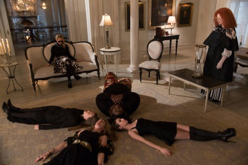 "American Horror Story RECAP 1/29/14: Season 3 Finale ""The Seven Wonders"""