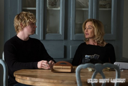 "American Horror Story RECAP 12/11/13: Season 3 Episode 9 ""Head"" #AHS"