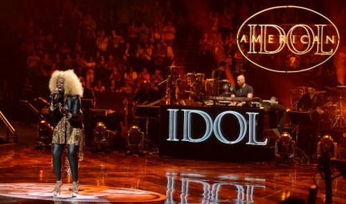 American Idol Recap 2/27/13: Vegas Round 3 'Girls Perform'