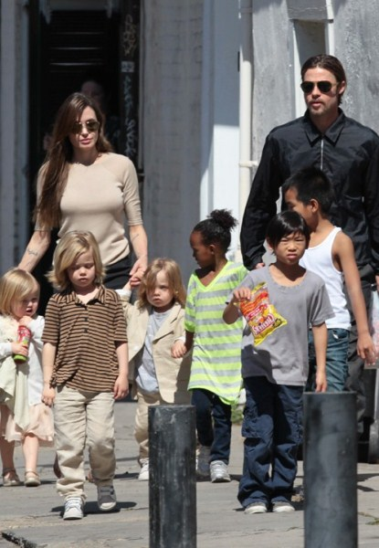 Brad Pitt and Angelina Jolie Reunite in New Orleans!