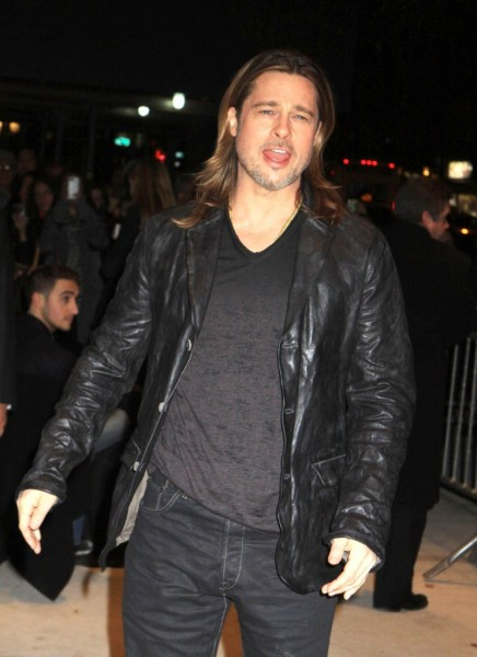 Brad Pitt And Angelina Jolie Pick Up Wedding Rings, Getting Married Or Still Teasing? 1207