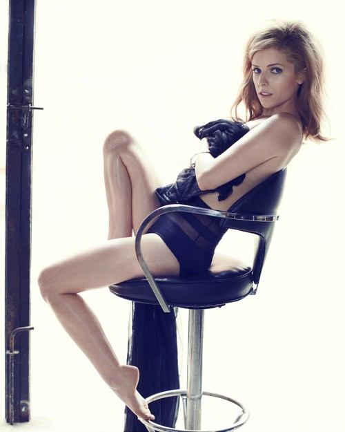 Anna Kendrick Strips To Her Bra And Talks Sex With GQ (PHOTO)