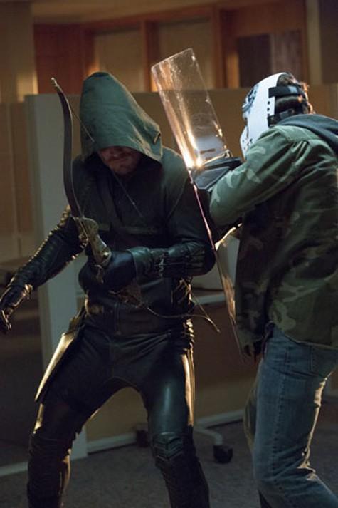 "Arrow Season 1 Episode 6 ""Legacies"" Recap 11/14/12"