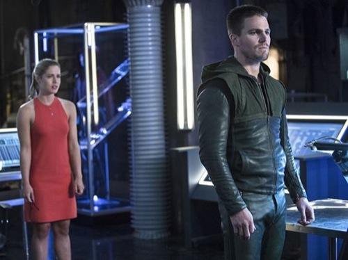 """Arrow Recap 10/15/14: Season Season 3 Episode 2 """"Sara"""""""