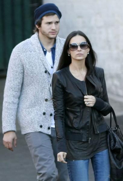 Mila Kunis Says Ashton Kutcher And Demi Moore Were Never Married 0921