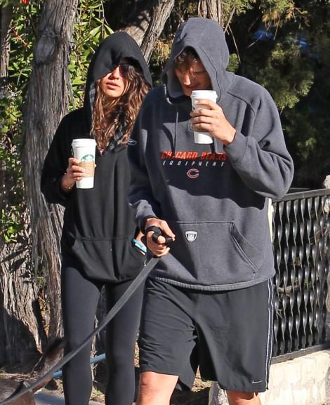 Ashton Kutcher Supporting Pathetic Lindsay Lohan, Mila Kunis Freaks Out! 0217