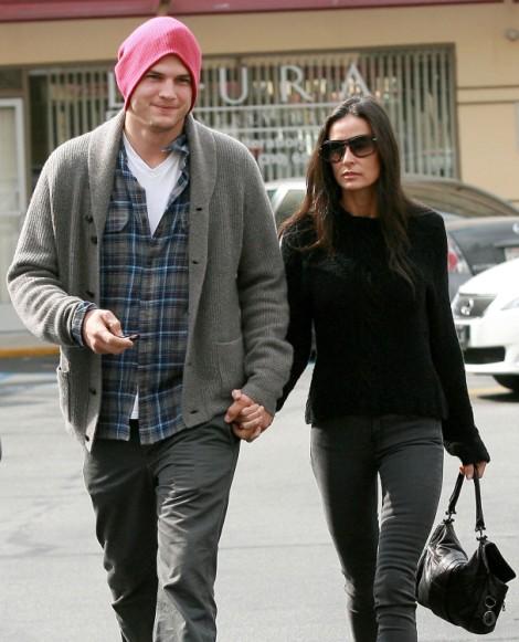 Ashton Kutcher Files For Divorce From Demi Moore! Finally! 1221