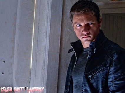 First Look At Jeremy Renner In The Bourne Legacy