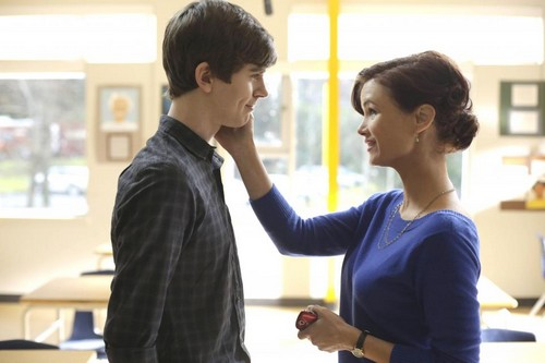 "Bates Motel RECAP 3/17/14: Season 2 Episode 3 ""Caleb"""