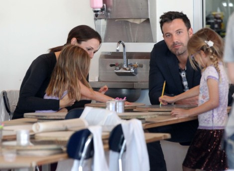 Is Ben Affleck Only With Jennifer Garner Because Of Jennifer Lopez And Oscar? 1105
