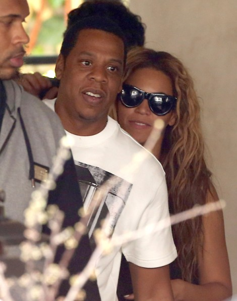 Beyonce Denies Baby - Control Freak Or Overreacting? 0519