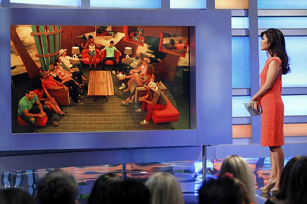 Big Brother 16 Spoilers: Veto Ceremony Results Week 6 - Jocasta and Zach Still Up For Eviction - Christine Wins, Doesn't Use POV