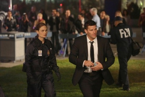 "Bones RECAP 10/7/13: Season 9 Episode 4 ""The Sense in the Sacrifice"""