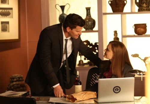 "Bones RECAP 3/10/14: Season 9 Episode 16 ""The Source in the Sludge"""