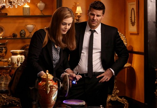 "Bones RECAP 3/31/14: Season 9 Episode 19 ""The Turn in the Urn"""