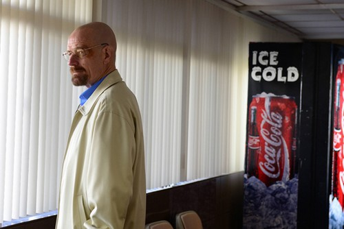"Breaking Bad Season 5 Episode 13 REVIEW ""Walt's Luck Is Running Out"""