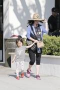 Pregnant Megan Fox And Brian Austin Green With The Boys PICS