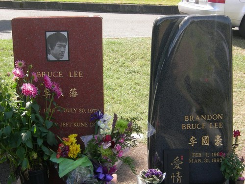 Bruce Lee And Son Brandon Lee Murdered, Hollywood Conspiracy Theory – Investigator Wants To Dig Up Graves