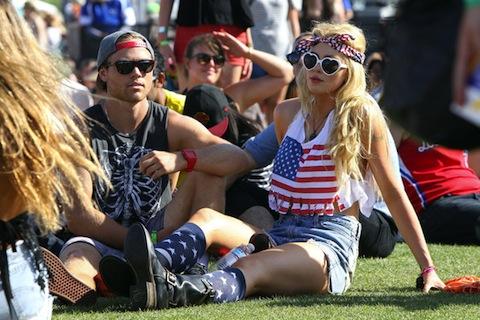 Coachella Fashion Hits and Misses - Hilary Duff, Ashley Benson, Ireland Baldwin (Photos)