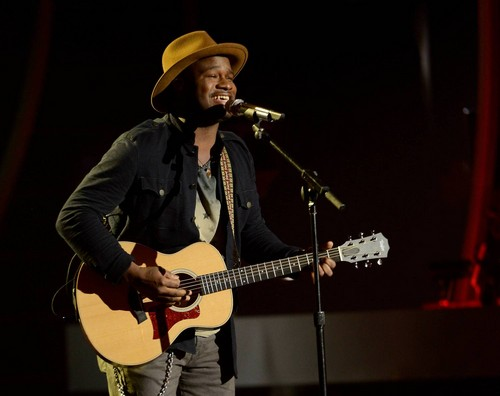 "CJ Harris American Idol ""Invisible"" Video 3/19/14 #IdolTop10"