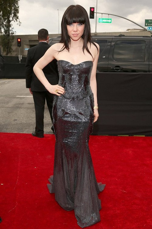 Carley-Ray_jepsen-2013-Grammy-Awards-Red-Carpet-Arrival