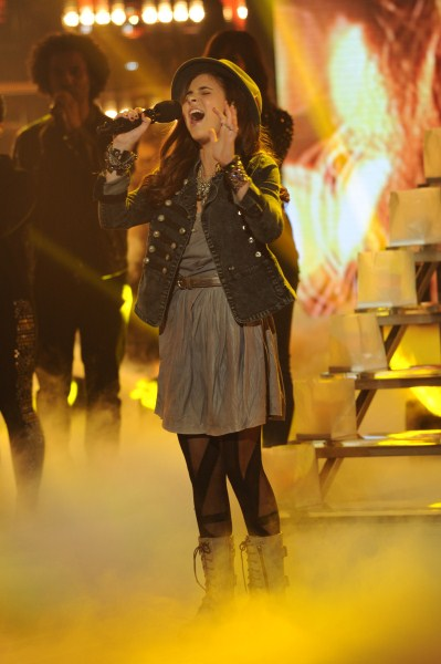"Carly Rose Sonenclar The X Factor ""Imagine"" Video 12/12/12"