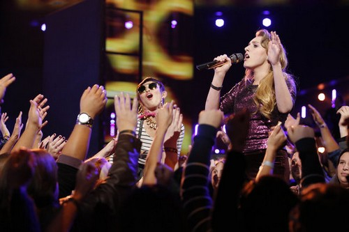 """Caroline Pennell The Voice Top 8 """"Dog Days are Over"""" Video 11/25/13 #TheVoice"""