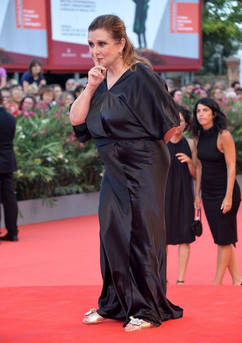 Carrie Fisher Told To Lose Weight For 'Star Wars: The Force Awakens'