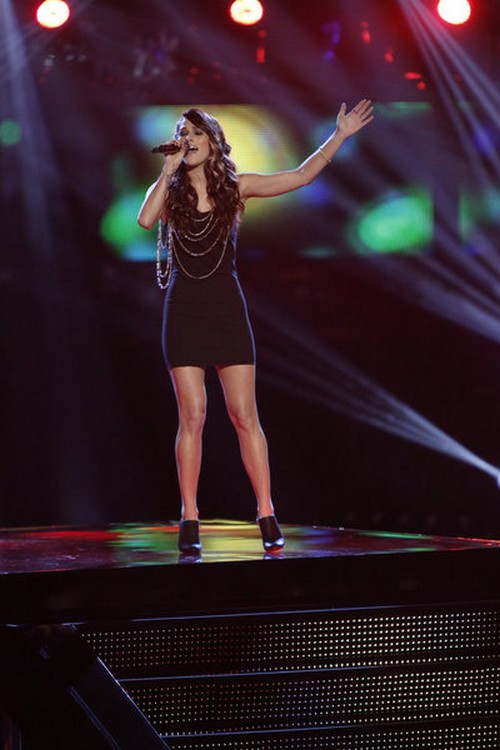 "Cassadee Pope The Voice Top 3 ""Cry"" Video 12/17/12"