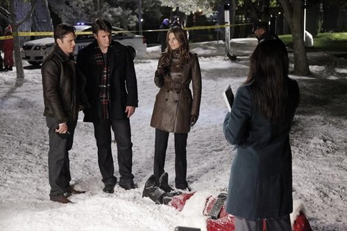 "Castle Season 5 Episode 9 ""Secret Santa"" Recap 12/3/12"