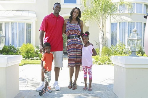 Celebrity Wife Swap RECAP 7/21/13: Downtown Julie Brown and Lisa Leslie Swap Lives